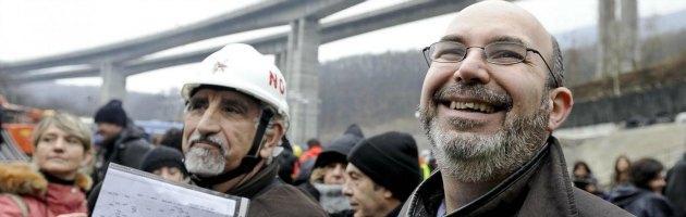 """Movimento 5 Stelle, Crimi contestato in Valsusa da alcuni ragazzi: """"Fascista"""""""