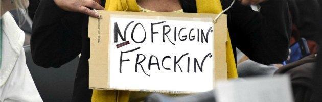 Uk, aiuti alle 'vittime' del fracking. Ma il governo incentiva le aziende
