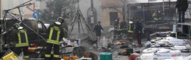 Reggio Emilia, esplosione al mercato. La procura procede anche per disastro colposo