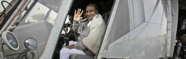 """Elicotteri Finmeccanica, ministro Difesa indiano ammette: """"Corruzione e tangenti"""""""