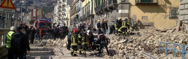Crollo palazzina Napoli