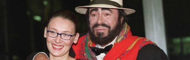 Pavarotti nicoletta mantovani diffida la pubblicazione for Nicoletta mantovani pavarotti