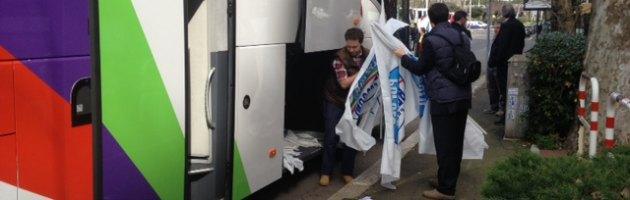 Manifestazione antigiudici Pdl, in viaggio da Milano a Roma con gli ultras di Silvio