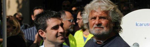 """Grillo: """"Mai fiducia a nessun governo"""". Bersani: """"Parliamo di democrazia"""""""