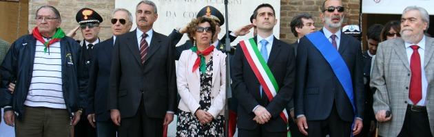 """25 aprile, la prima da sindaco di Pizzarotti: """"Ritroviamo quel senso di comunità"""""""