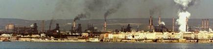 Taranto, raffineria Eni sarà potenziata Ma ammette: 'Aumento emissioni nocive'