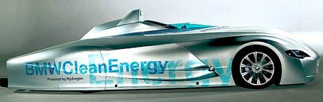 Auto a idrogeno, il mondo torna a crederci. E l'Italia prova a partire da Bolzano