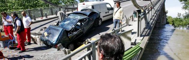 """Crollo ponte sul Po, l'ira del ferito: """"Processo ancora rinviato e rimborso miserabile"""""""