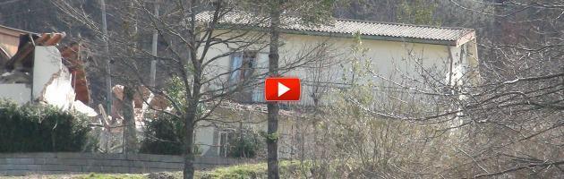 """Frane in Appennino, 60 sfollati e 30 strade interrotte: """"Il governo ci aiuti"""" (video)"""