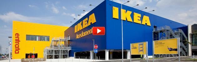 """Ikea Piacenza, videocamere nei magazzini. Si-Cobas: """"Violata la privacy degli operai"""""""
