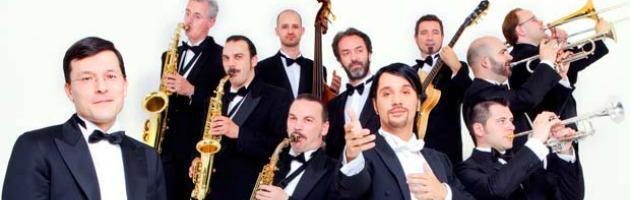 Orchestra Maniscalchi, dal Manzoni parte il tour nazionale Diamoci del tu