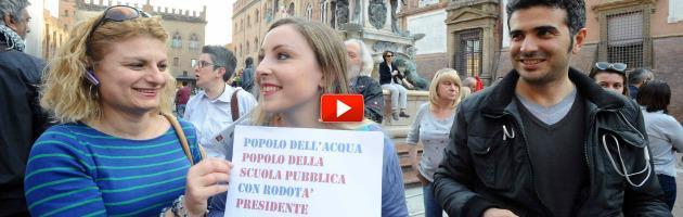 """Quirinale, sit-in comitati acqua e scuola pubblica: """"Rodotà è la scelta dei cittadini"""""""