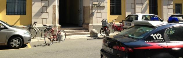 Blitz antidroga a Piacenza, arrestati sei agenti della Questura