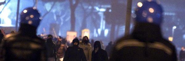 Derby Roma-Lazio, scontri tra tifosi nella capitale. Sei feriti