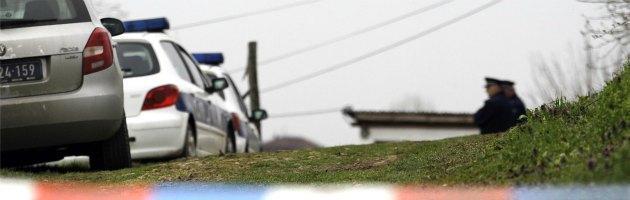 Serbia, uomo fa strage in un villaggio. Uccise 13 persone: c'è anche un bimbo