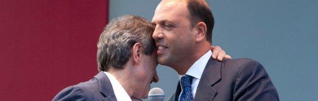 """Pdl, Alemanno: """"Stride un po' il doppio ruolo"""" di Alfano segretario e ministro"""