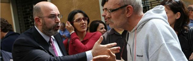 """B. minaccia i giudici, M5S: """"Eversore"""". Pdl: """"Vendola e Boldrini condannino"""""""