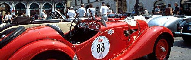 Riparte la Mille Miglia 2013. E con essa gli assurdi privilegi delle auto storiche