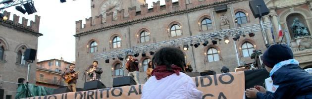 """Referendum scuola pubblica, ultime ore per la """"battaglia"""" che divide Bologna"""