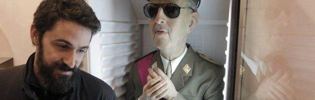 """Spagna, artista mise statua di Franco nel frigo. """"Non espongo più a Madrid"""""""