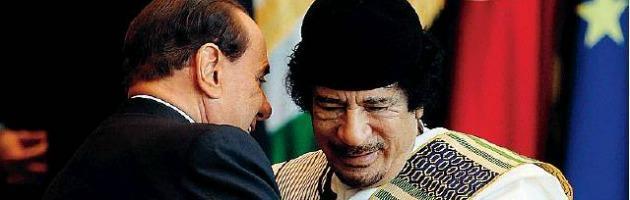 """Gheddafi, quando Berlusconi disse ai servizi segreti: """"Lo fareste fuori?"""""""