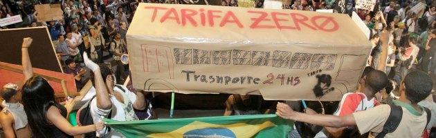 Brasile, un milione in piazza: due morti. 'Confederations a rischio', Fifa smentisce