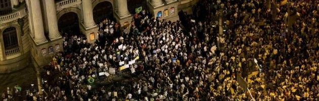 """Brasile, dentro il movimento: """"Progresso per tutti: ospedali, scuole e qualità di vita"""""""