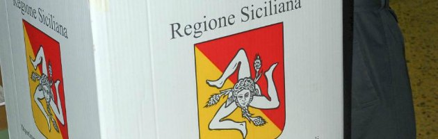 Elezioni Sicilia 2013, bocciate le larghe intese. Trionfo M5S e candidato 'no ponte'