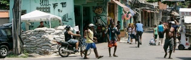Caos Brasile, a Rio de Janeiro senzatetto aumentati del 31% in due anni
