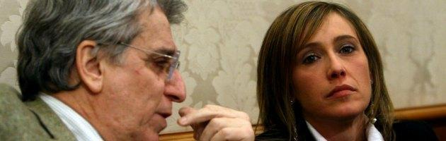 """Stefano Cucchi, la sorella: 'Medici indegni'. I camici bianchi: """"Siamo capro espiatorio"""""""