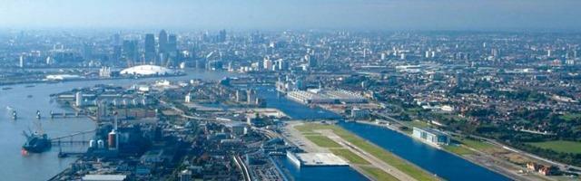 Diamanti, teschi finti e sex toys: al London City Airport si smarrisce di tutto