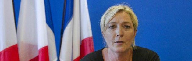 """Francia, Mediapart: """"Le Pen paga il compagno con i soldi del parlamento Ue"""""""