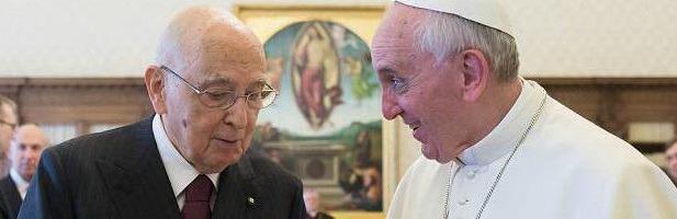"""Papa Francesco, visita di Napolitano. """"Simpatia tra Quirinale e Vaticano"""""""