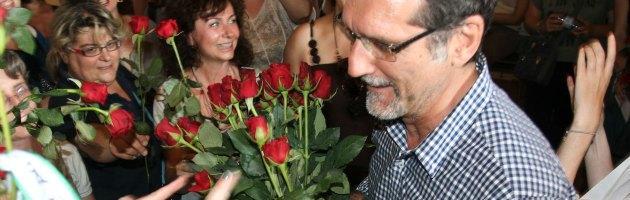 Rose rosse al sindaco, maestre anti-Asp cercano il dialogo