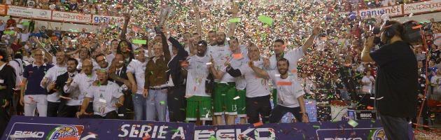 Basket, Siena campione nonostante la smobilitazione e un futuro senza Mps