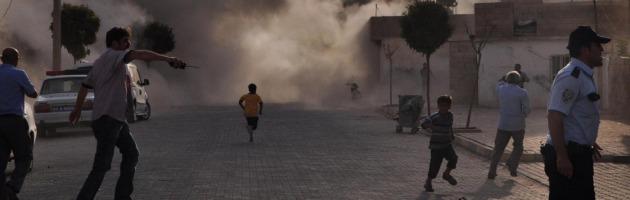"""Siria, Parigi: """"Analizzati dei campioni, Assad usa gas sarin contro i ribelli"""""""