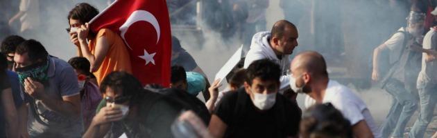 Scontri in Turchia, 1700 arresti. Morte cerebrale per uno dei manifestanti