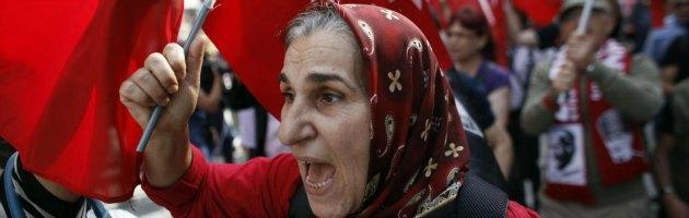"""Turchia, cinque arresti per """"aver organizzato le proteste via Twitter"""""""