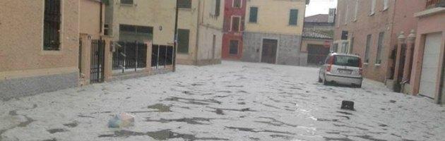 """Reggio Emilia, tromba d'aria e grandine: """"Distrutti i raccolti di un'intera annata"""""""
