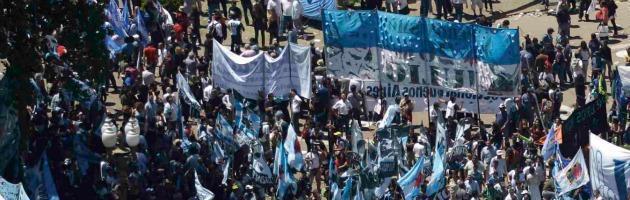 Ma se c'è crisi non potrebbero stampare più soldi?  Argentina-interna