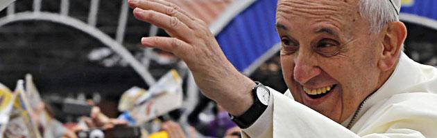 """Papa Francesco a Rio: """"La laicità dello Stato favorisce la convivenza tra religioni"""""""