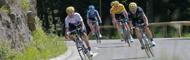 Tour de France, fatti e fughe – Tutti contro la Sky: Froome ora corre da solo