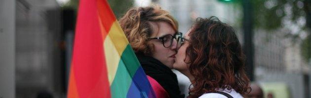 Gran Bretagna, il parlamento approva la legge per i matrimoni gay