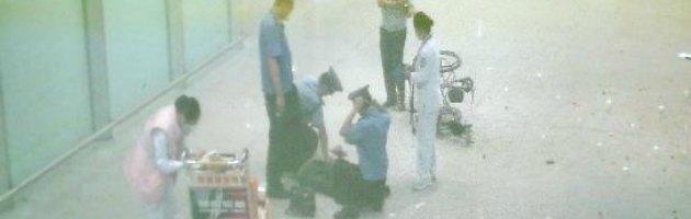 Pechino, forte esplosione all'aeroporto. Uomo disabile attiva l'ordigno