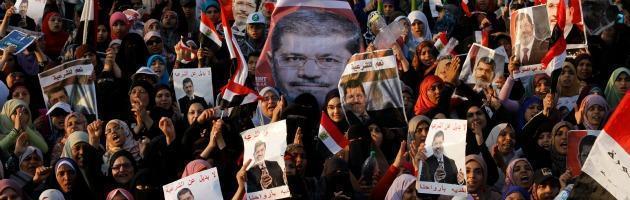 """Egitto, l'esercito avverte: """"Nessuno può minacciare la sicurezza"""""""