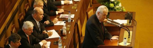 Repubblica Ceca, il governo tecnico cade dopo un mese. Paese verso nuove elezioni
