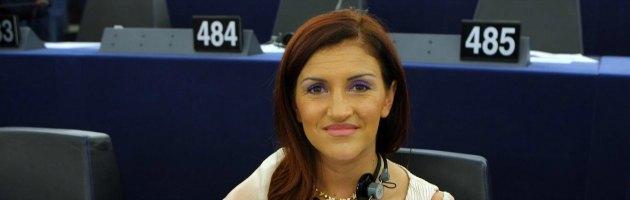 """Governo Letta, Sonia Alfano: """"15 del M5S pronti a voto con Partito democratico"""""""