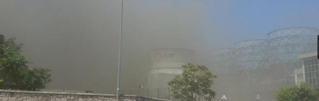 Bari, fiamme nella centrale termoelettrica Enel. Vigili del fuoco sul posto