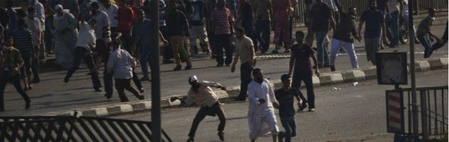 """Egitto, strage nel """"giorno della collera"""". Merkel e Hollande: Ue riveda rapporti"""