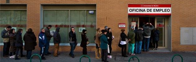 """Crisi in Spagna: """"Bambini malnutriti""""  Scuole aperte per garantire i pasti"""